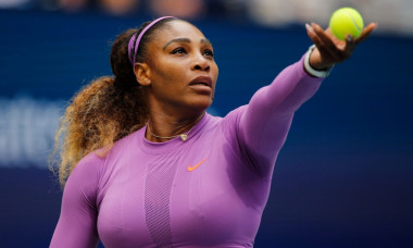 VIDEO Ce masina de lux conduce Serena Williams
