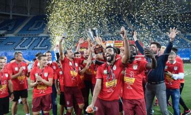 "Craiova isi lauda rivalii: ""Vinicius este mondial. Sa plece mai repede din Romania"""