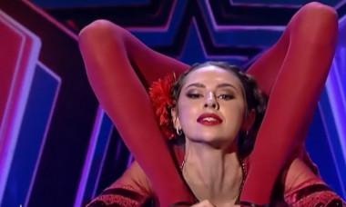 """VIDEO Numar uluitor la """"Romanii au talent"""". Cine e fosta gimnasta care a impresionat-o pe Alexandra Dinu"""