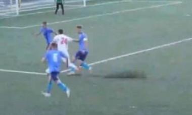 Un portar roman si-a taiat venele, dupa ce a luat gol din penalty in finalul meciului