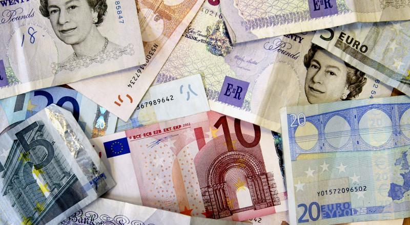 Lire sterline si euro